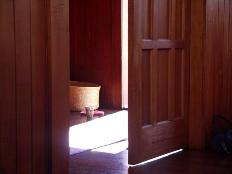 door inside 2