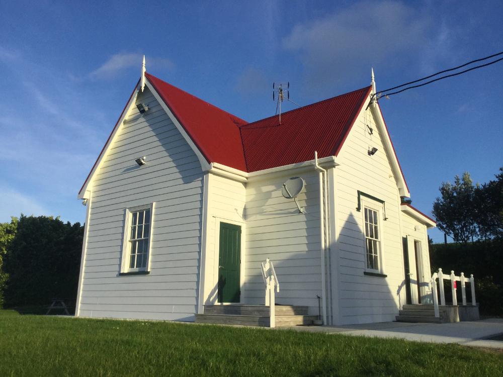 2020-10-19 Mahurangi schoolhouse 1